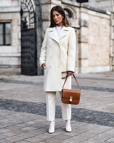 Women's coats trends and trends, photos of fashionable coat models – Winter Outfits Women's coats trends and trends, photos of fashionable coat models – Winter Sweaters, Sweater Coats, Women's Coats, Business Casual Outfits, Stylish Outfits, Work Outfits, Coats For Women, Clothes For Women, Romantic Outfit
