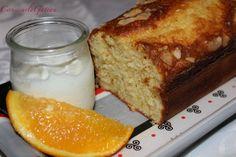 Facile et rapide, on peut varier les arômes selon ses envies. Moi j'ai choisis vanille, zestes d'orange et amandes effilées. Ingrédients : - 1 pot de yahourt nature (on conserve le pot pour les doses suivantes) - 2 pots de sucre - 3 oeufs - 2 pots de...