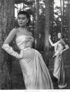 Christian Dior & jeanne Lafaurie (Couture) 1949 Evening Gown, Necklaces Boucheron & Mauboussin