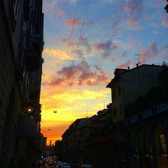 #milan #milano #milanodavedere #milanocityufficiale #expo2015 #verybello #sunset #sunsetlovers #tramonto #tramontoitaliano #sky #skyporn #skylovers #instagood #instalike #instamood #instafrica #igers #igdaily #instaitalia by robironzia