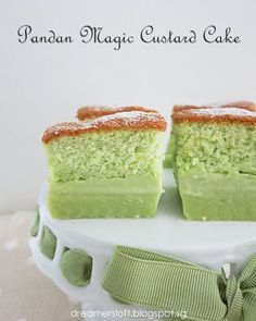 I must be the slowest coach to make this Magic Custard Cake; I think the whole village had already attempted different flavours of it since . Magic Cake Recipes, Sweet Recipes, Dessert Recipes, Cookie Desserts, Just Desserts, Delicious Desserts, Pandan Cake, Pandan Chiffon Cake, Magic Custard Cake