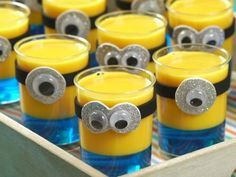 Gelatinas de Minion Minions Birthday Theme, Minion Party Theme, 1st Boy Birthday, 3rd Birthday Parties, Minion Centerpieces, Minion Party Decorations, Minion Baby, Cupcake Minions, Minion Pumpkin