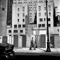 Vivian Maier -Howard Greenberg Gallery Love the door fence!!!!