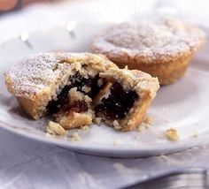 Unbelievably easy mince pies No rolling required! Press the raw, crumbly pastry directly into your tin for a short, biscuity finish. The easiest mince pie recipe and great fun to make with kids Easy Mince Pies, Fruit Mince Pies, Mince Meat, Recipe For Mince Pies, Homemade Mince Pies, Mince Dishes, Bbc Good Food Recipes, Pie Recipes, Cooking Recipes
