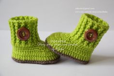 Crochet baby booties, baby shoes, boots, socks, brown, apple green, wooden buttons,  photo prop, size 3-6 months, gift, baby shower