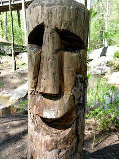 Sand Sculptures, Wood Sculpture, Garden Sculpture, Dremel Carving, Wood Carving Art, Modern Gazebo, Garden Modern, Tiki Art, Tiki Tiki