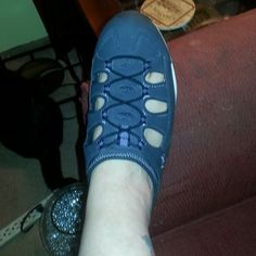 Ryka mule hiking shoes Denim blue and lavender worn maybe twice leather purchased from qvc comfortable slip ons great for long walks ryka Shoes