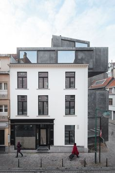 Article source: LOW architecten SITE Little Willy is the name of a multifunctional complex combining a bed and breakfast, a penthouse, a shop and a restaurant. Special about this project is the dialogue between the old and new, located on a small . Facade Architecture, Contemporary Architecture, Parasitic Architecture, Roof Extension, Old Building, Pent House, Townhouse, Hotels, House Styles