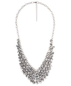 ive been wanting a rhinestone collar necklace!