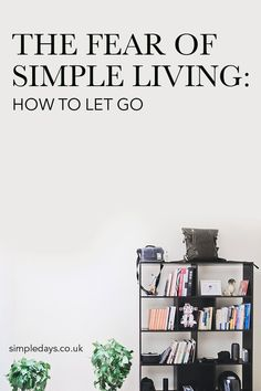 The fear of minimalism holds us back from making the kind of changes that could have a huge impact on our wellbeing and future. What are we afraid of? Minimalist Quotes, Minimalist Kids, Becoming Minimalist, Minimalist Lifestyle, Minimalist Decor, Slow Living, Living At Home, Mindful Living, Frugal Living