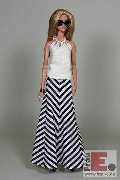 "https://flic.kr/p/u3m11w | ouftit ""Zig-Zag"" | neck-holder top with chain embellishment black/white striped maxi skirt"