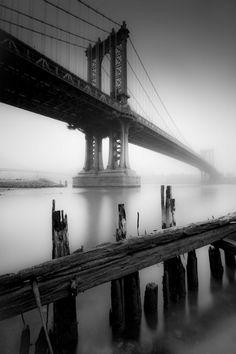 Manhattan Bridge. New York City