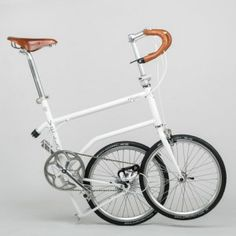 """Valentin+Vodev's+Vello+bike+folds+with++""""a+simple+kick""""+thanks+to+one+big+magnet"""
