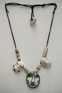 Virago 3 face necklace