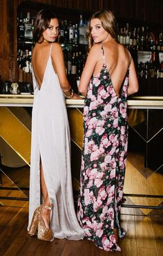 Vestido blanco con zapatos dorados ♥♥ Jolie Maxi Dress in Silver Dollar Silky Satin by Show Me Your Mumu