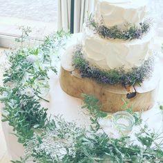 ナチュラルお洒落な大人デザインのウェディングケーキ特集   marry[マリー] Whimsical Wedding Cakes, Buttercream Wedding Cake, Birthday Photos, Bridal, Wedding Ideas, Inspiration, Instagram, Wedding Cakes, Anniversary Pictures