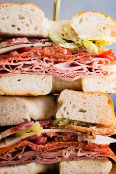 Deli Sandwiches, Salami Sandwich, Sandwiches For Work, Healthy Sandwiches, Bagel Toppings, Italian Salami, Italian Meats, Lunch Recipes, Cooking Recipes