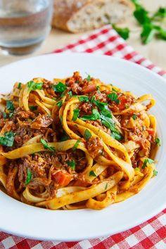 『タリアテッレ』ってどんな麺?特徴や茹で時間&おうちで楽しむレシピまとめ|CAFY [カフィ]
