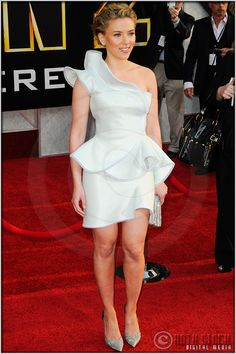 "Scarlett Johansson at the World Premiere of ""Iron Man 2"" « Red Carpet Photographer Archives"