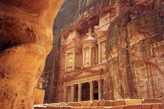 Al Khazneh, Petra, Jordan