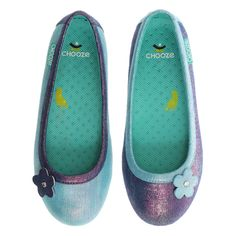 The Chooze Daydream in shades of shimmery purple and blue is the perfect little party shoe with a twist! This comfy ballet flat shoe features purple shimmer wit Girls Ballet Flats, Girls Dress Shoes, Toddler Shoes, Toddler Girl, Buy Kids Clothes Online, Ballet Fashion, Vegan Shoes, Party Shoes, Kids Wear