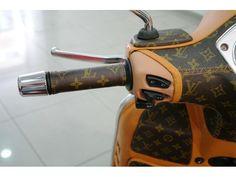 Piaggio Vespa GTS 300 Louis Vuitton Leather Edition