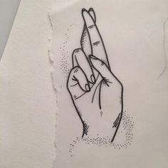tatuajes de dedos cruzados ideas boceto