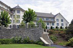 The Inn is in an idyllic setting overlooking the Blue Ridge Mountains of North Carolina