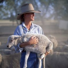 """Life in the outback. There was a time when """"Australia rode on the sheep's back"""" Country Blue, Country Charm, Country Girls, Country Style, Country Roads, Country Living, Lord Is My Shepherd, The Good Shepherd, Sheep And Lamb"""