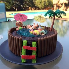Women 39 S Weekly Pool Cake Google Search Cakes Pinterest Pool Cake Cake And Birthday Cakes