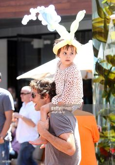 Host/actor James Marsden and daughter Mary James Marsden attend the EB Medical Research Foundation picnic presented by Sinupret for Kids and Yogen Fruz held at The Malibu Lumber Yard on June 28, 2009 in Malibu, California. With a TheSooziShow.com balloon on Mary's head!