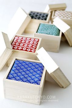 Perfect idea for packaging ties (or gift wrapping)