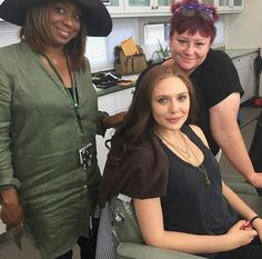 Marvel Characters, Female Characters, Scarlet Witch Cosplay, Olsen Sister, Wanda And Vision, Marvel Women, Elizabeth Olsen, Mom And Dad, Girl Power