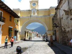 Calle de Arco Antigua Guatemala