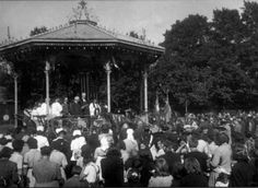 Lower Edmonton - Pymmes Park Bandstand 1945 - The Borough Of Enfield Memories Vintage London, Old London, Local History, Old Postcards, Old Photos, Statues, Childhood Memories, 1940s, Britain