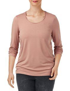T-Shirt Langarm Rundhals Vielseitiges Basic-Shirt    Fast zu schade zum Drunterziehen! Das vielseitige Basic-Shirt mit Satinpaspel am runden Ausschnitt gehört in jeden Kleiderschrank. Der stretchkomfortable Viskose-Jersey verwöhnt mit weichem Griff und angenehmem Tragefeeling. Komfortable Länge ca. 72 cm in Gr. 42    Material: Blush: Oberstoff: 94% Viskose, 6% Elastan...