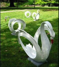 http://homeguides.sfgate.com/swan-tire-planters-instructions-49872.html