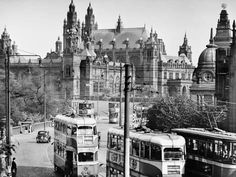 Photographic Print: Art Galleries from the Bridge on Kelvin Way, 1955 : 24x18in