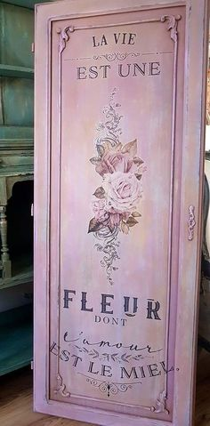 Transfer L'amour Est Le Miel from prima marketing, redesign by prima. Beautiful transfers in my online shop at restyled renewed . Coral Painted Furniture, Pink Furniture, Chalk Paint Furniture, Unique Furniture, Upcycled Furniture, Luxury Furniture, Prima Marketing, Painting Tile Floors, Diy Painting