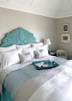 pearl grey walls with turquoise. Love the feel. The walls even look like they are textured paisley wall paper.