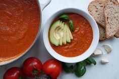Ovnsbakt tomatsuppe med basilikum