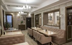 Ресторан «Серов» находится в центре Симферополя и ориентирован на посетителей гостиницы «Серов». В отделкедизайна интерьера ресторанаиспользованы на...