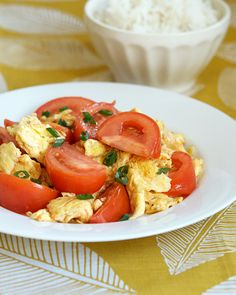 Stir-fried Tomato and Eggs -- My mom used to make this dish for breakfast
