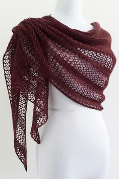 Ravelry: Interlude shawl with Manos del Uruguay Fino - knitting pattern by Janina Kallio.