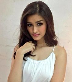 - you're not the only one - Liza Soberano Santa Clara, Liza Soberano Instagram, Lisa Soberano, Filipina Beauty, Facial, Le Jolie, Thing 1, Girl Photo Poses, Woman Crush