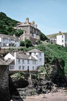 When it comes to Cornwall, it's unspoilt villages are where this English county really shines. Here is a guide to the most beautiful villages in Cornwall, which hopefully you will be adding to your list to explore! England And Scotland, England Uk, Oxford England, London England, The Places Youll Go, Places To Go, Village Photos, English Village, Italian Village