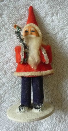 Just like mine!! Morgan and Lindsey Santa!