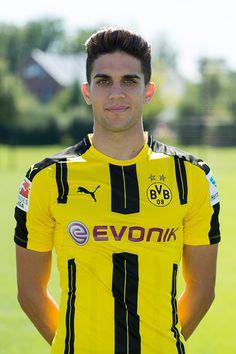 Dortmund Germany BV Borussia Dortmund BVB Mannschaftsfoto Termin Marc Bartra