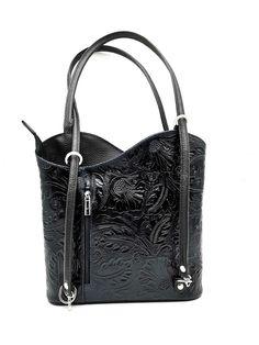 Fekete, domború mintás válltáska ami háti táskakánt is funkcionál. Osztott belső résszel , kívül elöl-hátul cipzáros zsebbel. Méret: 28x23x6 cm Balenciaga City Bag, Rebecca Minkoff, Shoulder Bag, Bags, Handbags, Shoulder Bags, Bag, Totes, Hand Bags