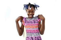 """Dit is Bencia Saint Fleur, 13 jaar, uit Haiti. """"Ik hou van de wolken. Mijn plank met kleren en mijn bed."""" Waar wordt jouw kind blij van? Ga naar http://www.deweekvanhetkind.nl en doe mee!"""